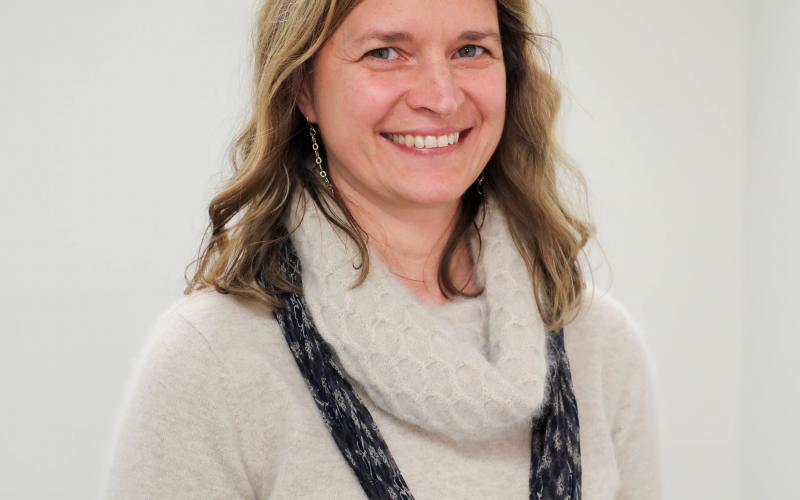 Meg McElroy headshot